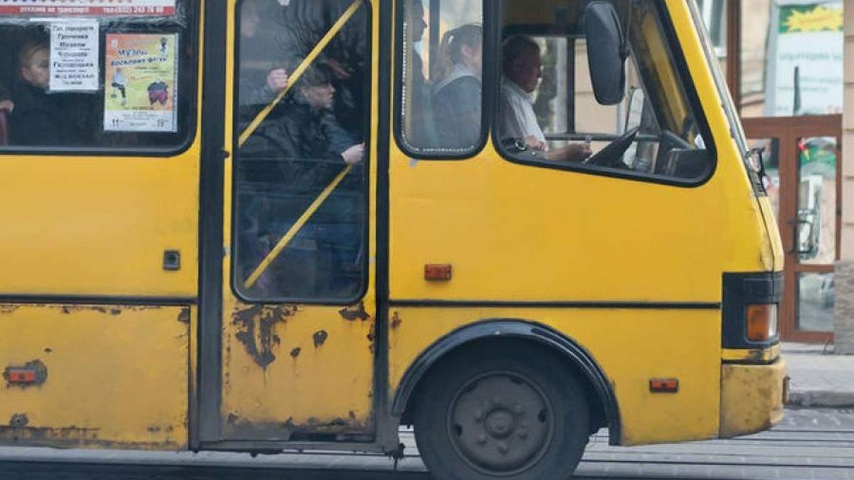 Проїзд у маршрутках Києва можуть підвищити до 15 гривень