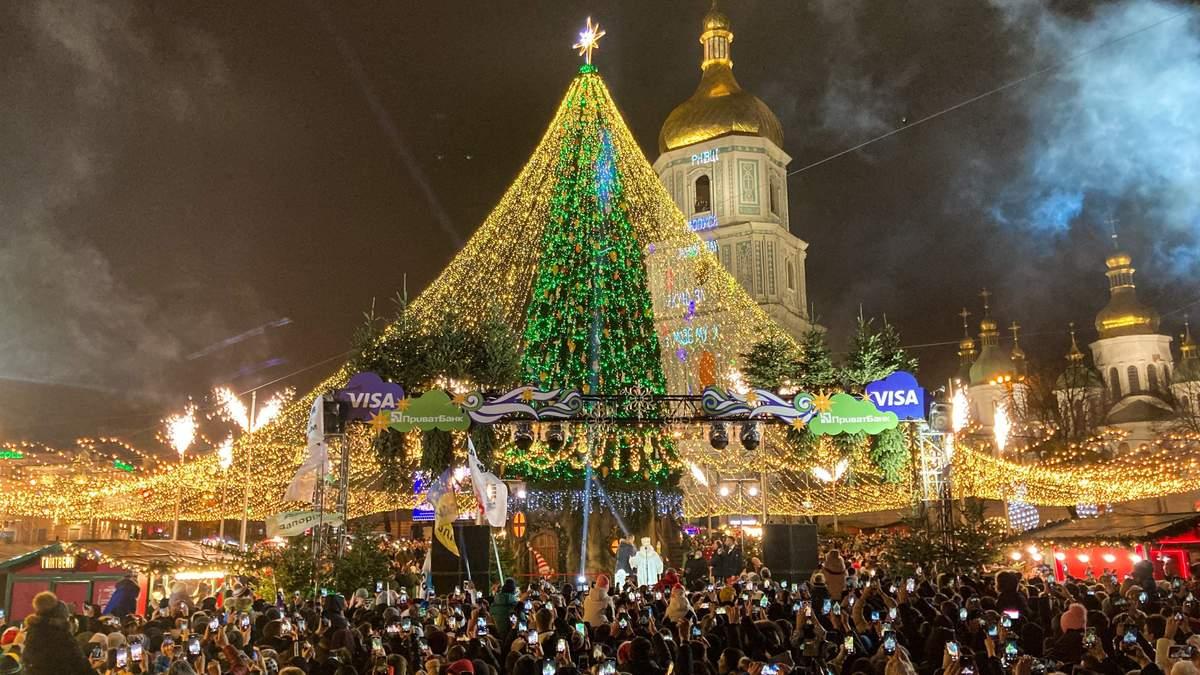 Як зустріли Новий 2021 рік у Києві: вивезли 83 кубометри сміття