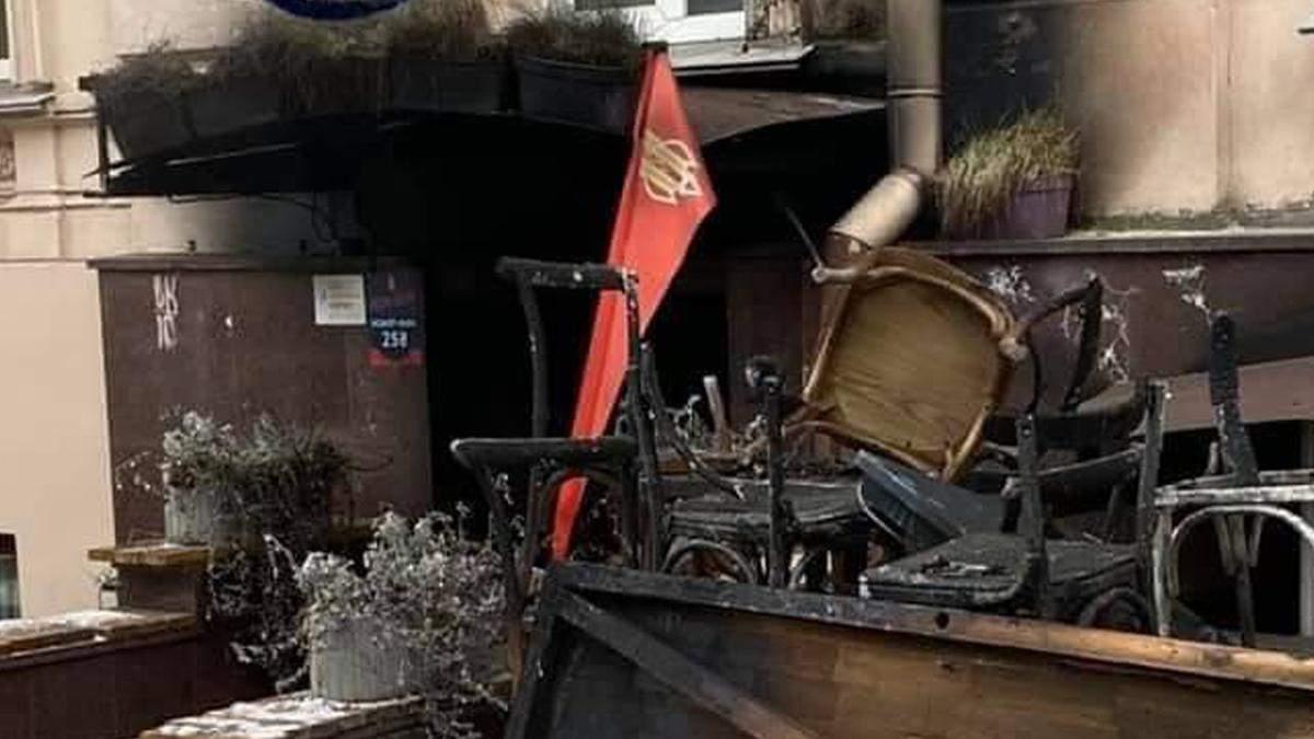Пожежа кафе Bistro Bistro у Києві: збирають гроші на допомогу власнику