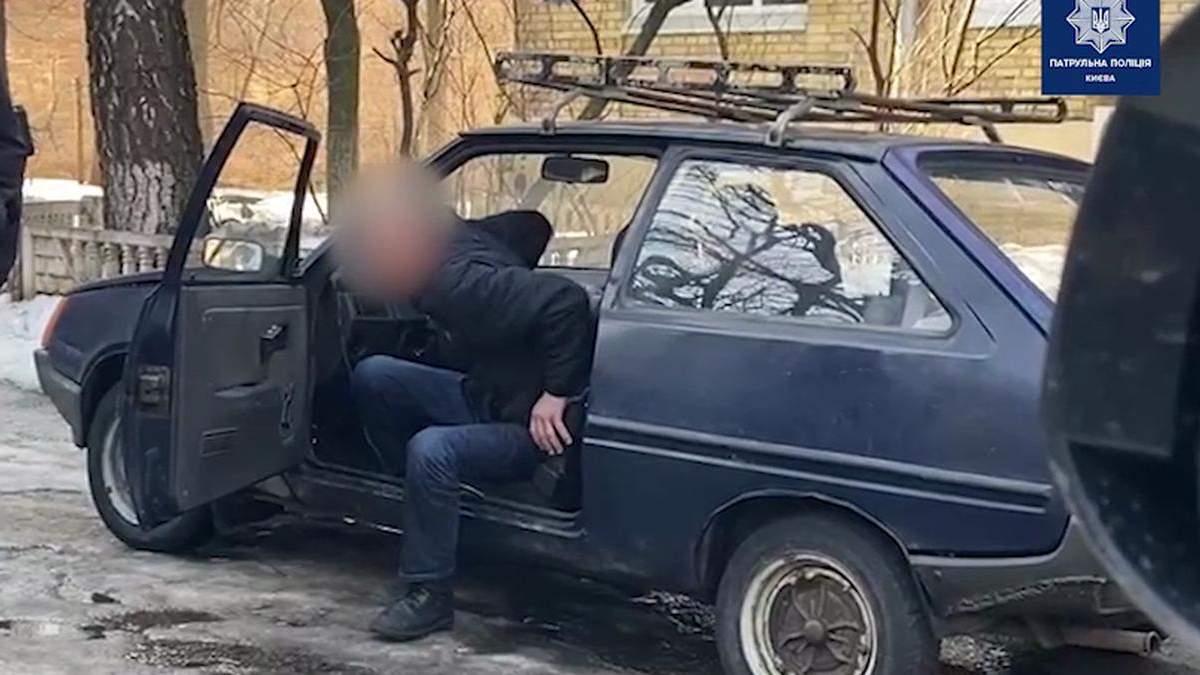 У Києві патрульні спіймали вкрай нетверезого водія