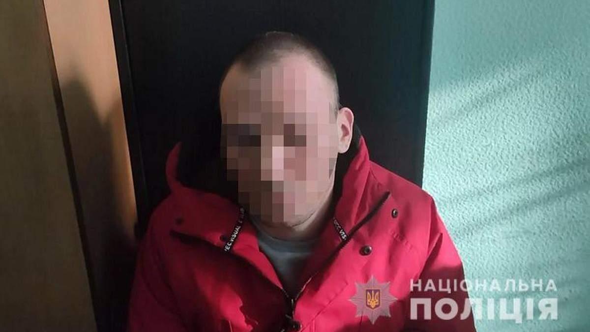 У Києві заступник директора школи хотів зґвалтувати 10-річну дівчинку