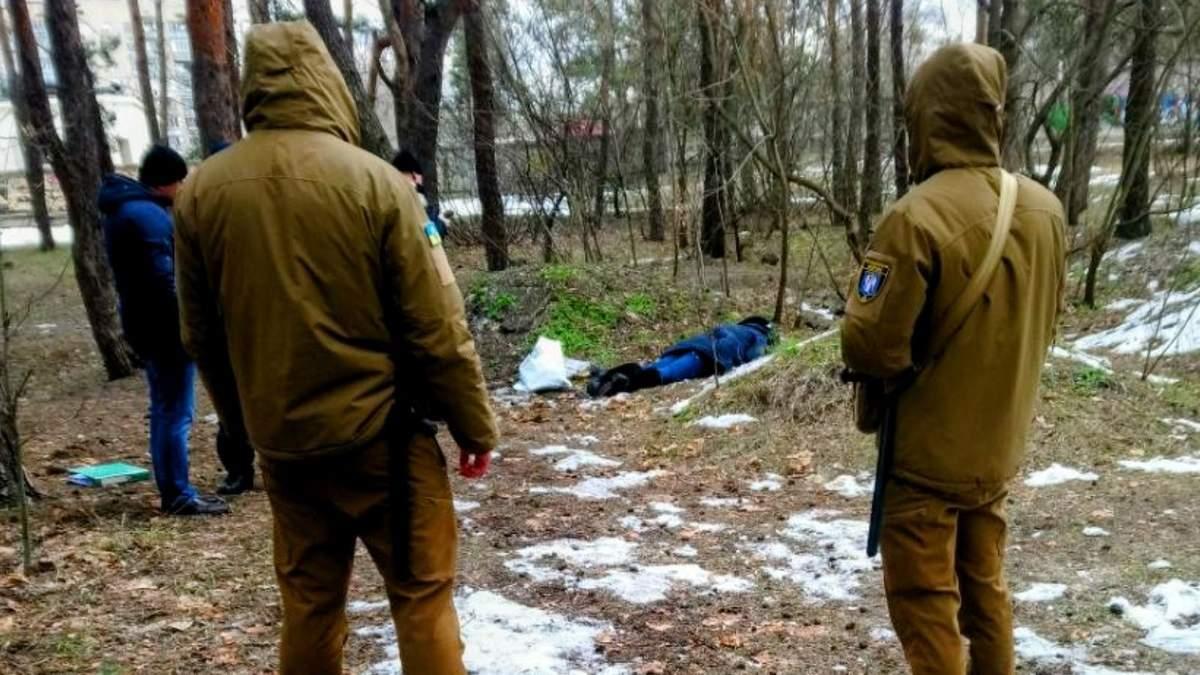 У Києві знайшли тіло ще однієї мертвої жінки у Дарницькому районі
