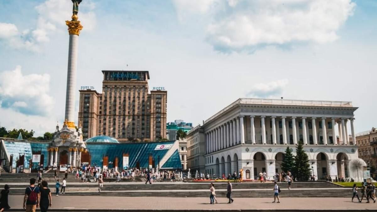 Киев может усилить карантин: закрыть школы и остановить транспорт