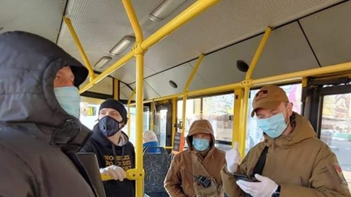 Киев идет в настоящий локдаун с закрытием транспорта, школ и садиков