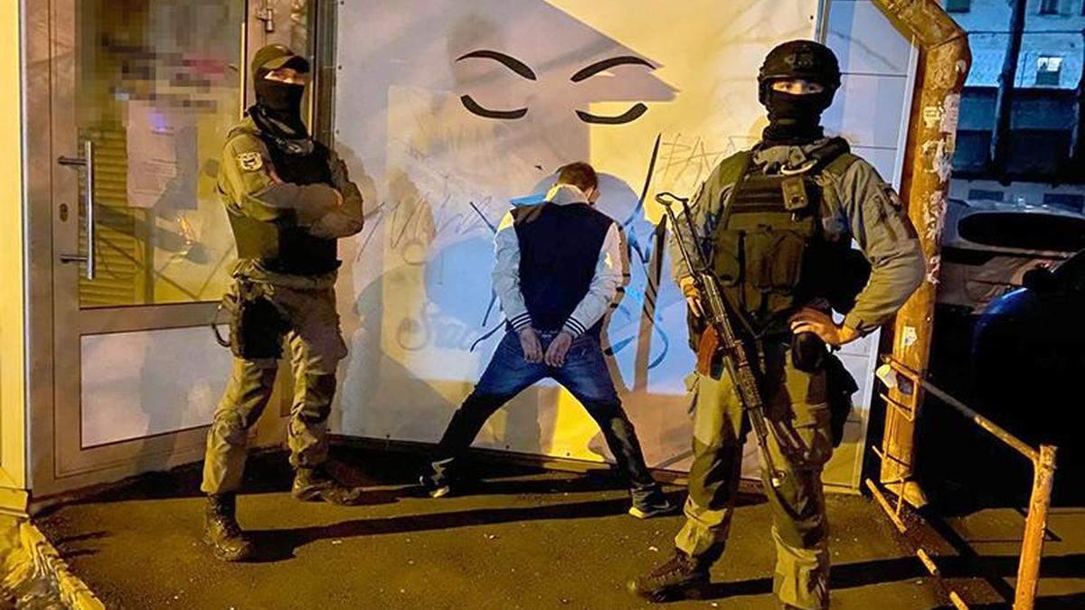 У Києві викрили велике наркоугрупування на чолі з засудженим
