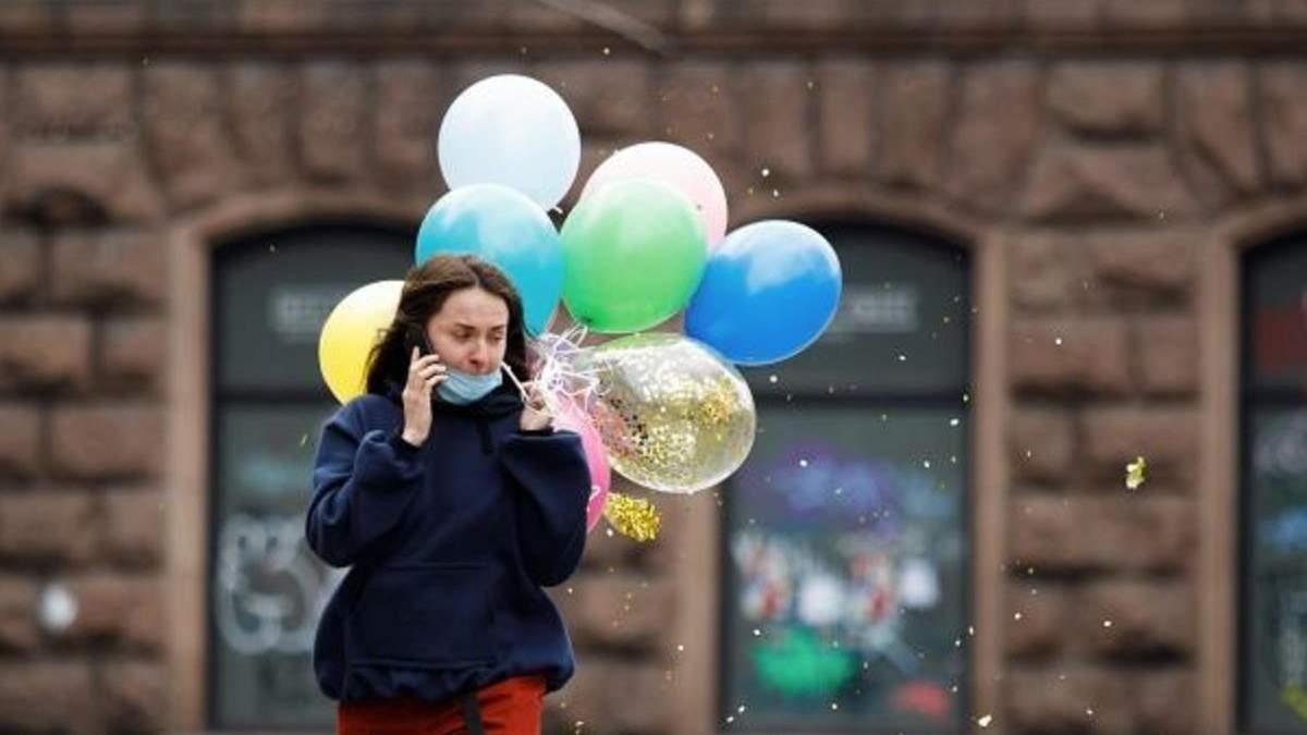 Київ залишає червону карантинну зону