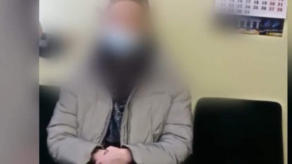 У Києві впіймали тих, хто курив у метро під час локдауну