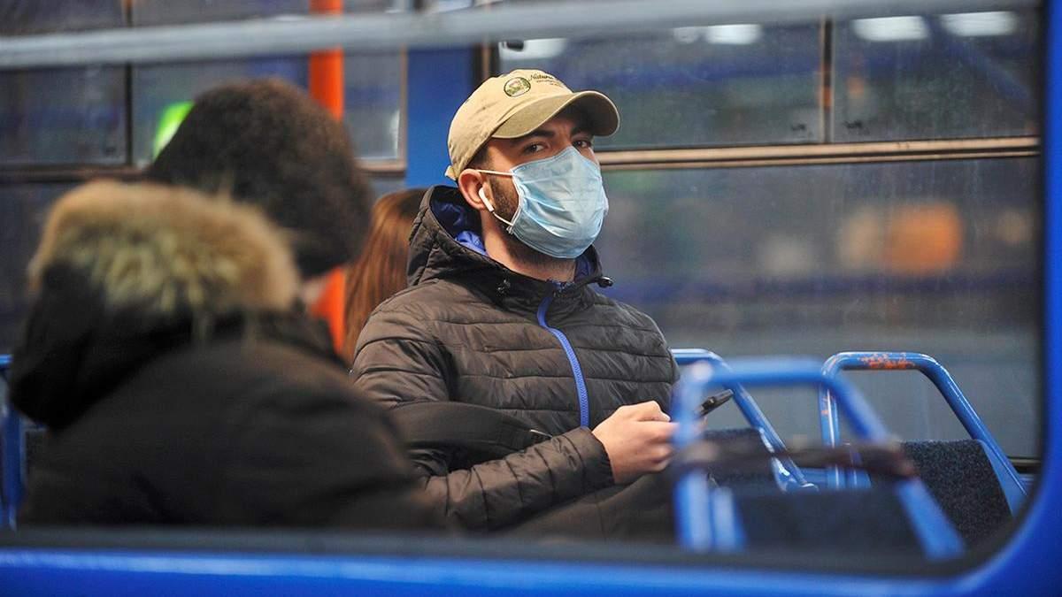 В Киеве за сутки COVID-19 заболело вдвое больше людей, чем выздоровело