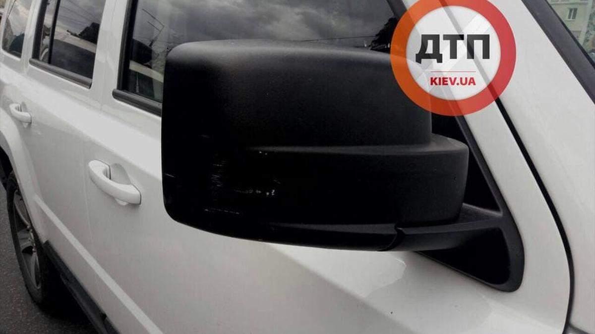 В Киеве водитель Jeep задул газом водителя легковушки и его ребенка