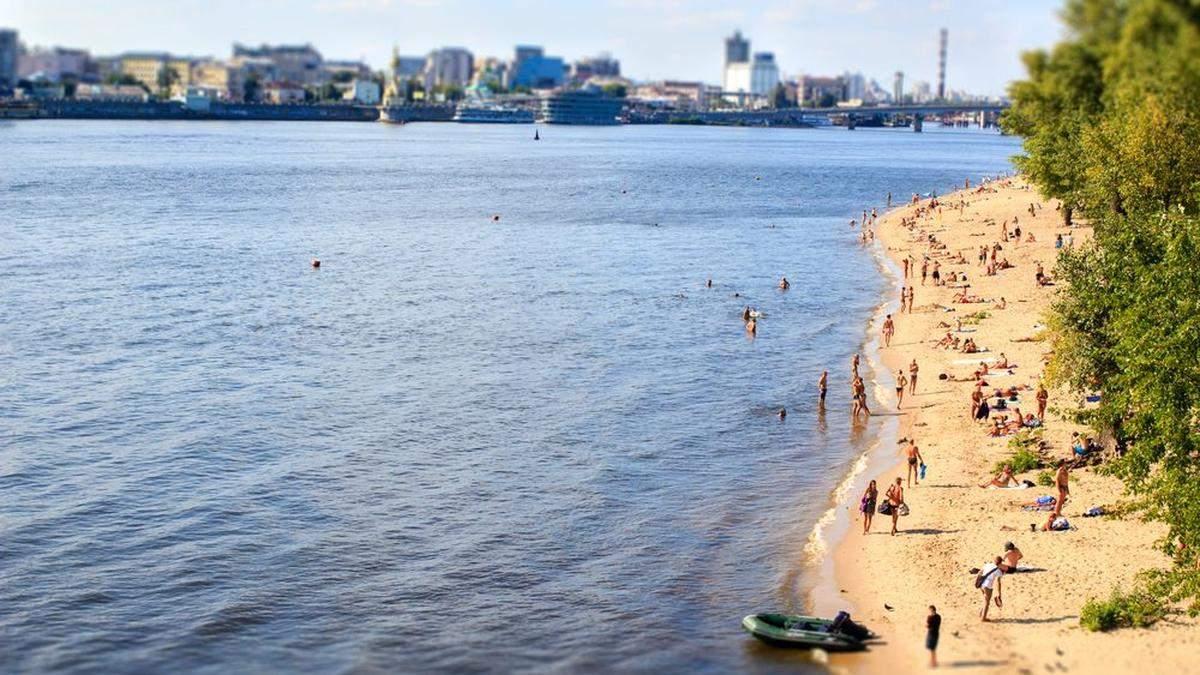 Кличко оголосив про готовність всіх 14 пляжів Києва до літнього сезону
