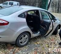 Чтобы скрыть растрату от жены: в Киеве таксиста разоблачили на инсценировке разбоя – фото