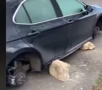 В Киеве владелец Toyota нашел ее без колес: воры подложили вместо них камни