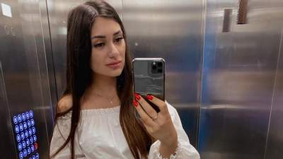 Їхала на червоний: у мережі впізнали чиновницю Київської облради, яка хизується порушеннями ПДР
