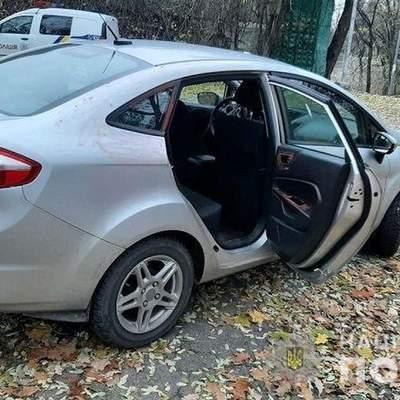 Щоб приховати розтрату від дружини: у Києві таксиста викрили на інсценуванні розбою – фото