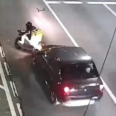 В Киеве произошло очередное ДТП с курьером Glovo – видео