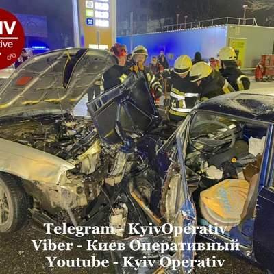 У Києві сталась масштабна ДТП за участі 4 автівок: постраждали діти