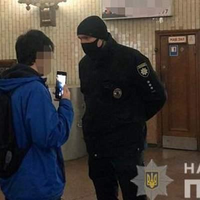 Скільки у Києві оштрафували людей за відсутність маски в метро: поліція назвала цифри