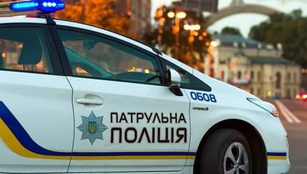 В Киеве пьяный водитель устроил гонки с полицией, а затем притворился пассажиром – видео