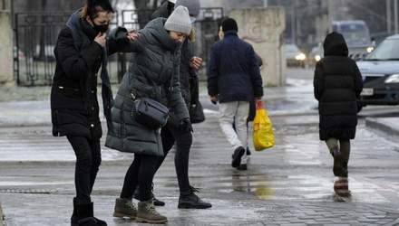 Через неприбрані території: у Києві за день оштрафували 150 підприємств