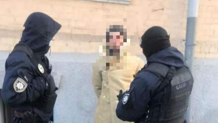 Заїхав в урядовий квартал з пістолетом: деталі про затриманого чоловіка у Києві – фото