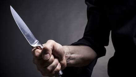 2 роки переховувався від копів: у Києві затримали чоловіка, який вдарив ножем товариша – фото