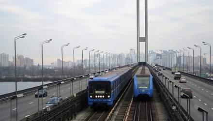 Самый загруженный мост Киева снова будут ремонтировать: движение Южным надолго ограничат