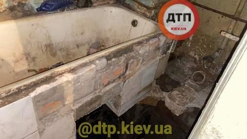 У центрі Києва в житловому будинку стався обвал підлоги: фото
